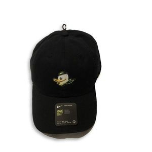 NWT Oregon Ducks Nike H86 Puddles Adjustable Hat